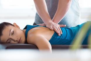 Na czym polega chiropraktyka i kiedy warto udać się do specjalisty?