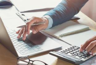 Biuro rachunkowe – czym kierować się przy jego wyborze?