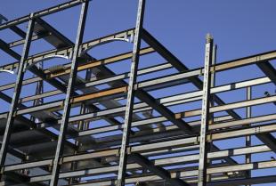 Demontaż konstrukcji stalowych – co powinieneś wiedzieć?