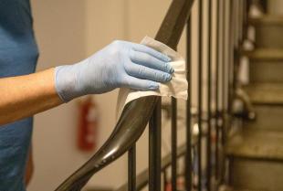 Jakie cechy powinna mieć dobra firma sprzątająca?