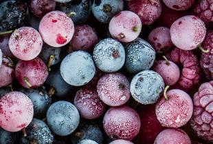 Co warto wiedzieć o fluidyzacyjnym mrożeniu warzyw i owoców?