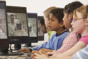 Wdrażanie infrastruktury sieciowej w szkołach i placówkach edukacyjnych