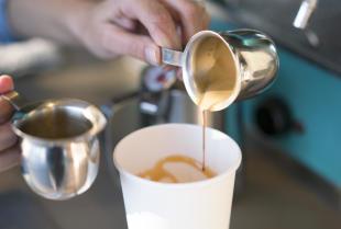 Kawa Americano – co to jest i jak ją przygotować?