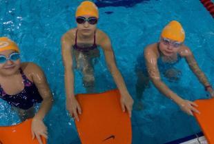 Twoje dziecko nie potrafi pływać? Zrób wszystko, by to zmienić!