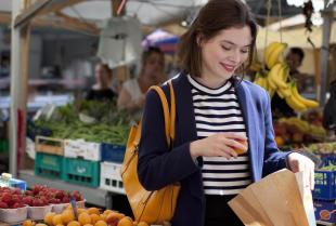 Wybór owoców w sklepie - na co należy zwrócić uwagę?