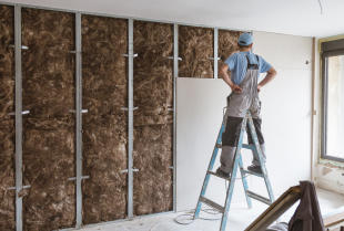Na czym polega ocieplenie ścian domu od wewnątrz?