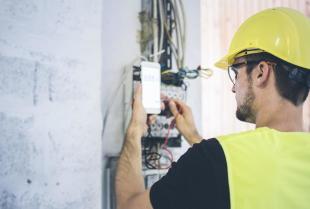 Na czym  polega konserwacja systemów alarmowych?
