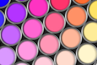 Jak wybrać najlepszą farbę do pomalowania wnętrz?