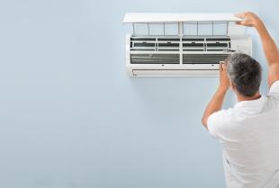 Najczęstsze błędy popełniane przy instalacji klimatyzatora – jak ich uniknąć?