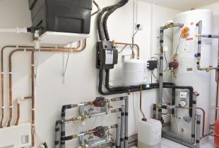 Co warto wiedzieć o domowej instalacji centralnego ogrzewania?