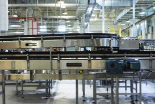 Dlaczego warto zainwestować w maszynę do pakowania w saszetki?
