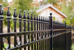 Metalowe ogrodzenia - czy warto się zdecydować?